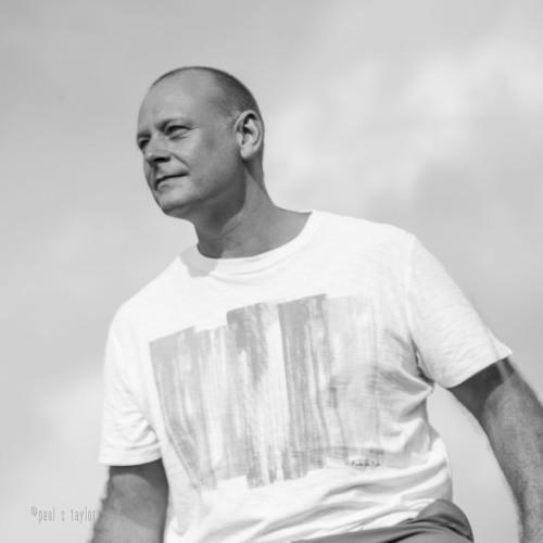 Paul ST's avatar