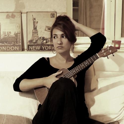 Lucie Azconaga's avatar