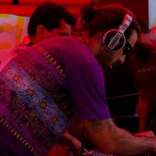 DJ Solunaris's avatar