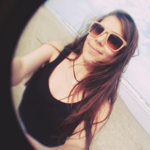 Thalita Vanso's avatar