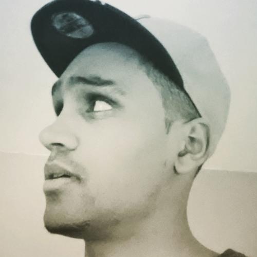 Oleon Five's avatar