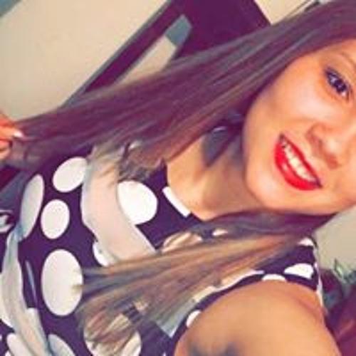 Fabiiola Cosmee's avatar