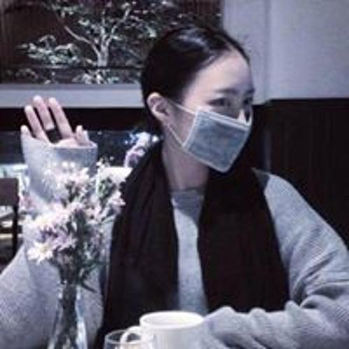 Nancy Kim's avatar