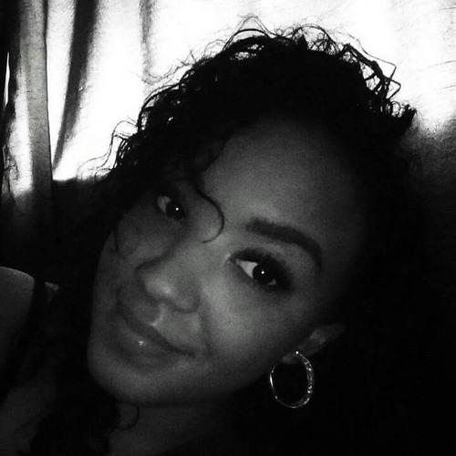 Leelee Sparkle Stapleton's avatar