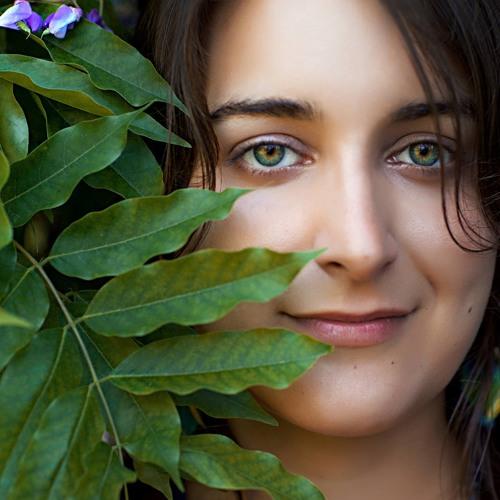 Mariana Barcellos's avatar