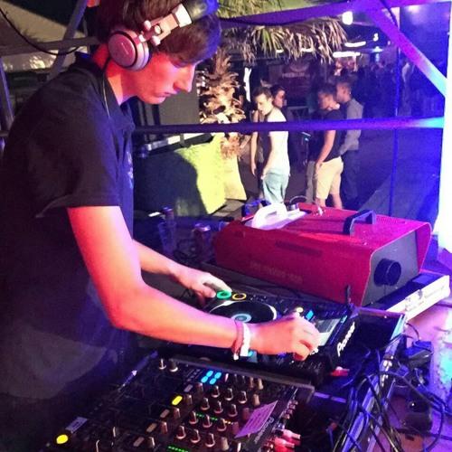 DJ Kallioo's avatar