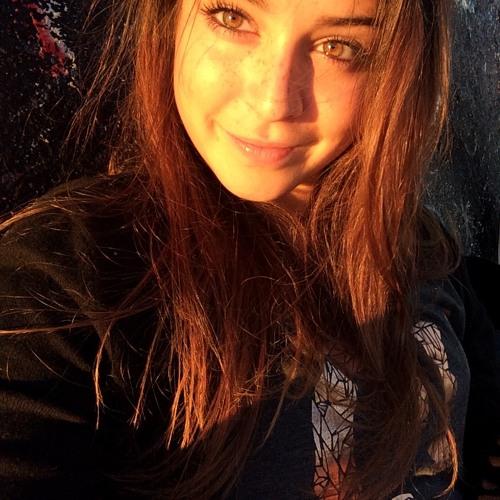 Nina's avatar