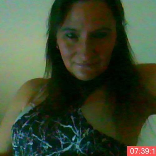 Christine Chris Ho-fo's avatar