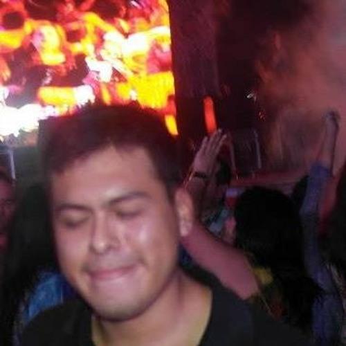 Gary Valle Salguero's avatar
