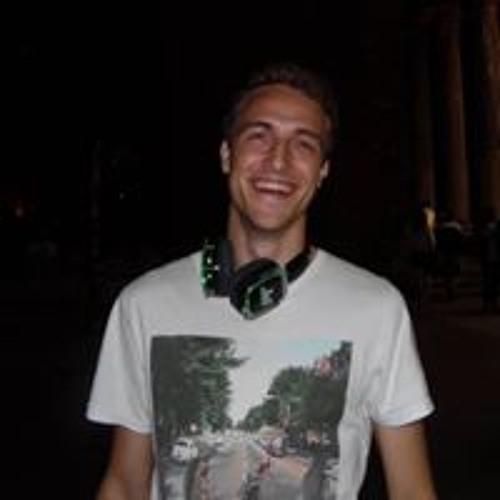 Lucas D's avatar