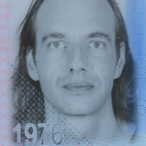 Arjan Hut's avatar