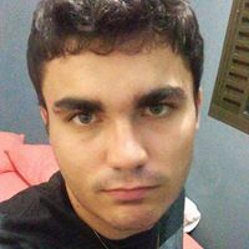 Leonardo Castro's avatar