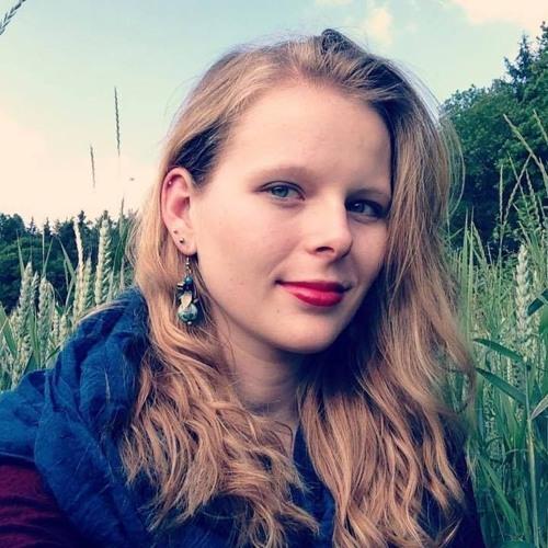 Lilalauneloretta :)'s avatar