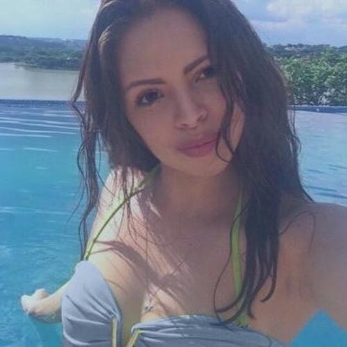 Gabriela Paula 1's avatar