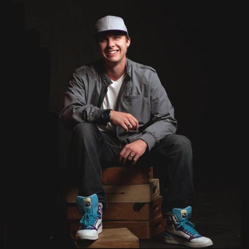 Dustin Hulton's avatar