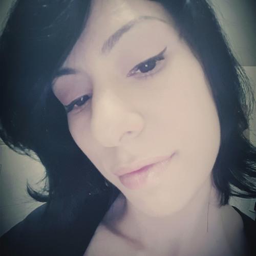 Asli's avatar