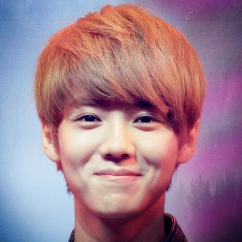 Lay Teng's avatar