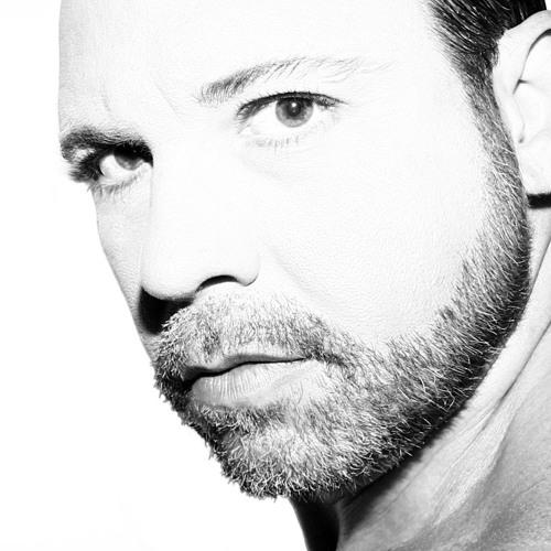 Carlos Herrera C's avatar
