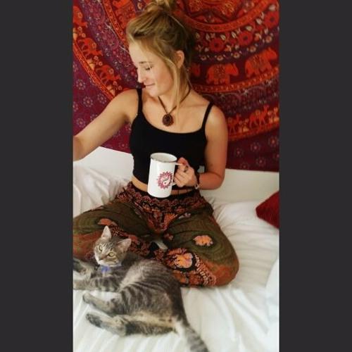 Allie Weaver's avatar