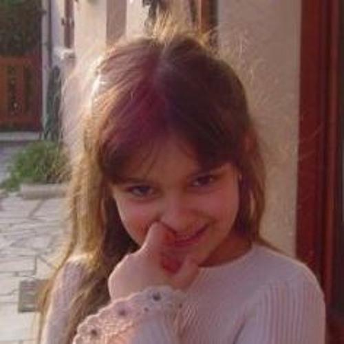 Andréa Marques 3's avatar
