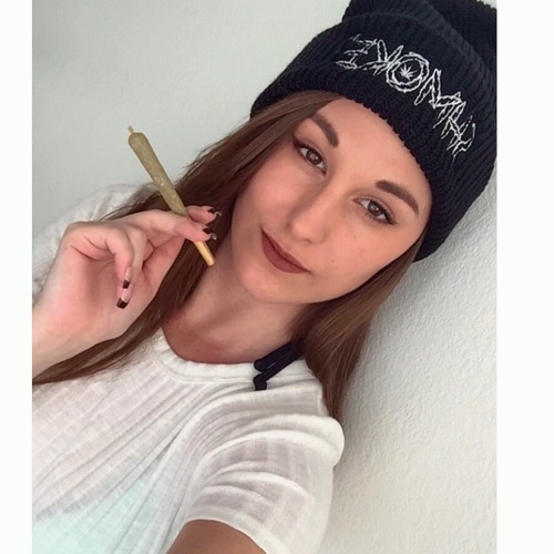 ericapucas's avatar