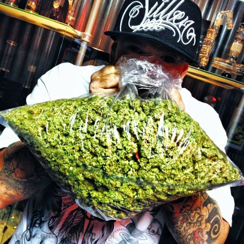 420 smoke day/night's avatar