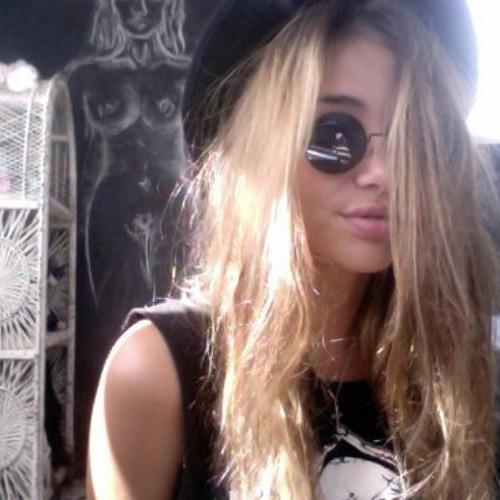ManuelaIto's avatar