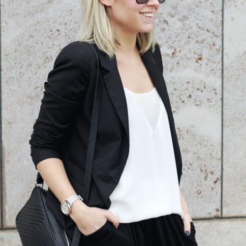 Colette G j Daniel9's avatar