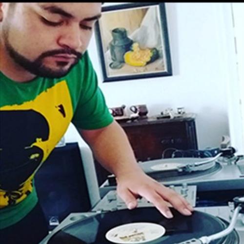 DjActhons Mauricio's avatar