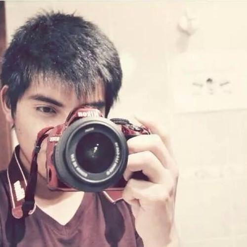 Christian Tacuri's avatar