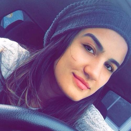 Natalia Evelyn Calasans's avatar