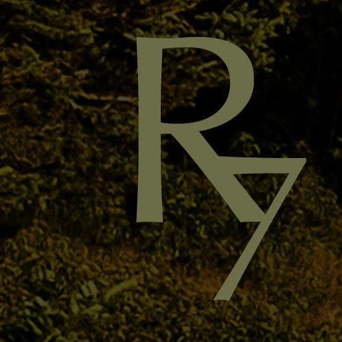 Reverie Seven's avatar