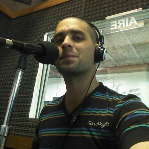 """Spot del programa """"7D"""" para Radio Mix Online. Locucion: Matias Faulkner"""