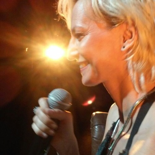 Anna Casas's avatar
