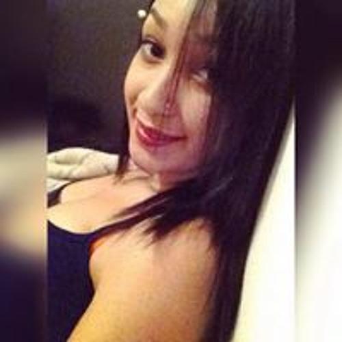 Giovanna Almeida's avatar
