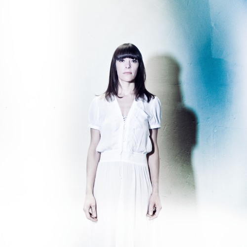 Emily Loizeau's avatar