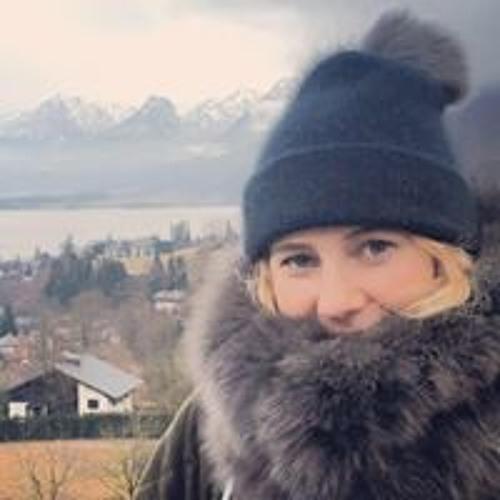 Indica Herbert's avatar