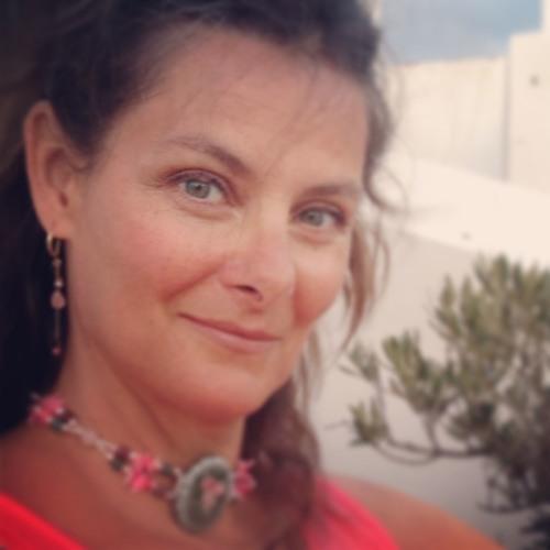 Lynda Anne Taylor's avatar