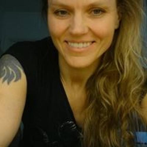 Madelein Larsson Wollnik's avatar