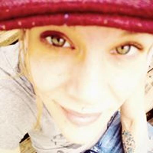 Helena DenBok's avatar