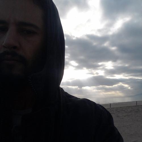 Noureddine's avatar