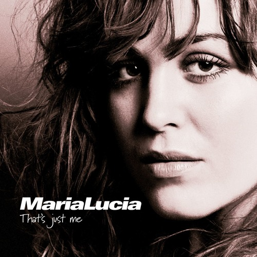 Maria Lucia's avatar