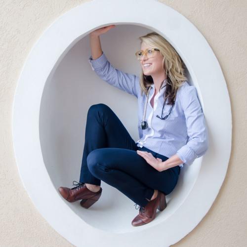 Amanda Vest's avatar