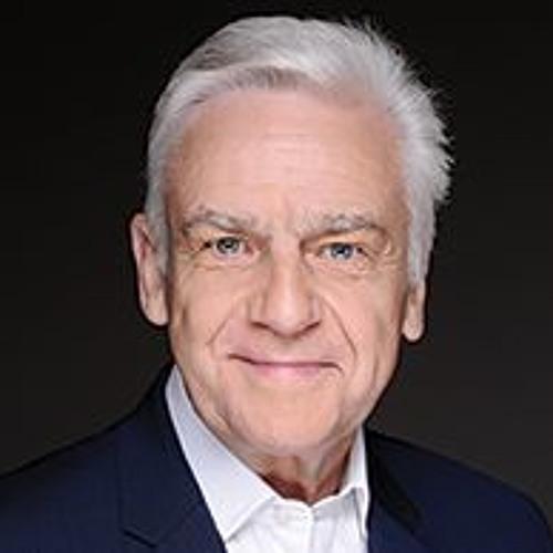 Christopher Wood's avatar
