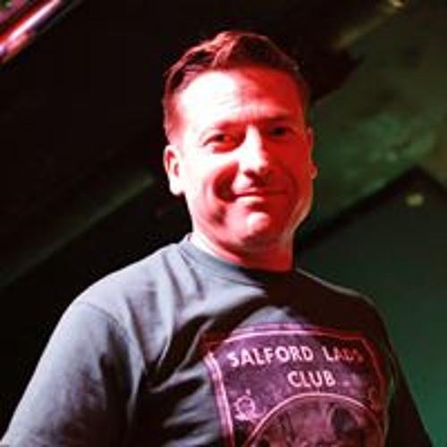 Dan Simoes's avatar