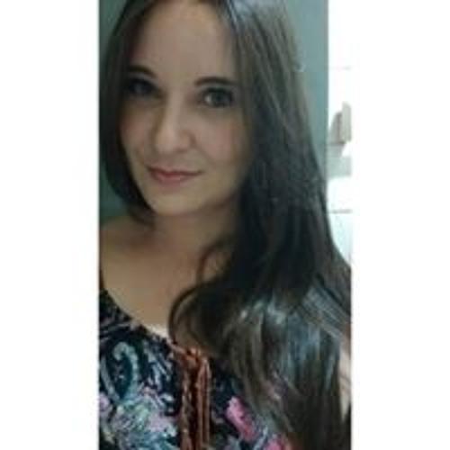 Isabela Garcia's avatar