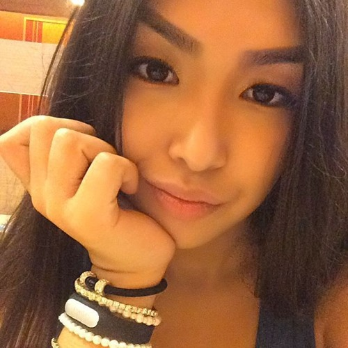 Aliya Adilbayeva's avatar