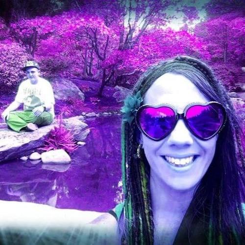 Cassie M's avatar