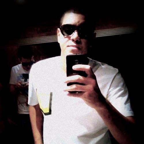 BrayanKmon's avatar