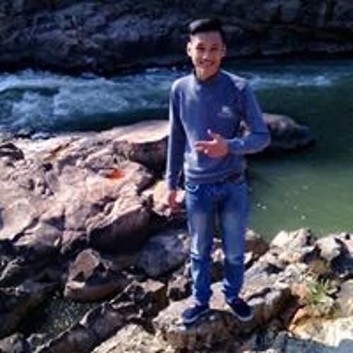 Quangg Huyy's avatar